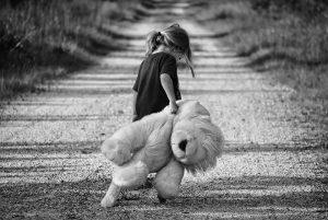 Gdy twoje dziecko nie ma kolegów, jest samotne