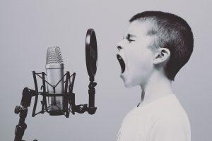 dziecko klamie